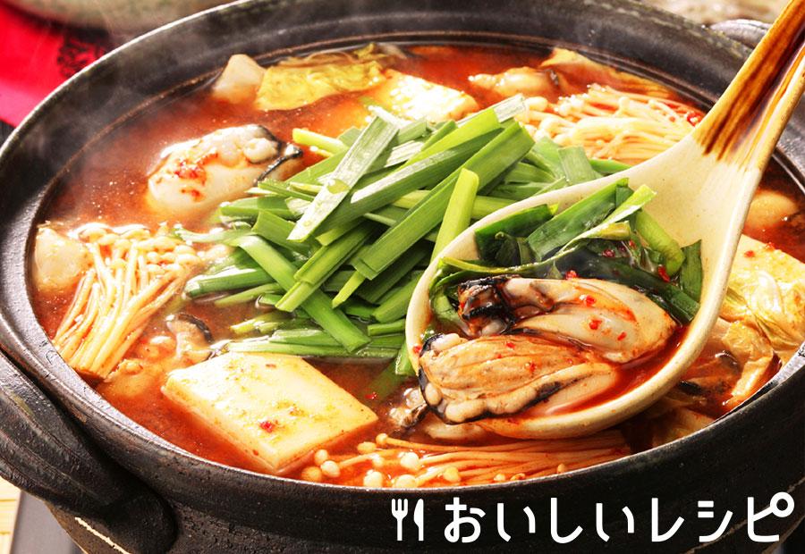 ニラどっさり牡蠣のキムチ鍋