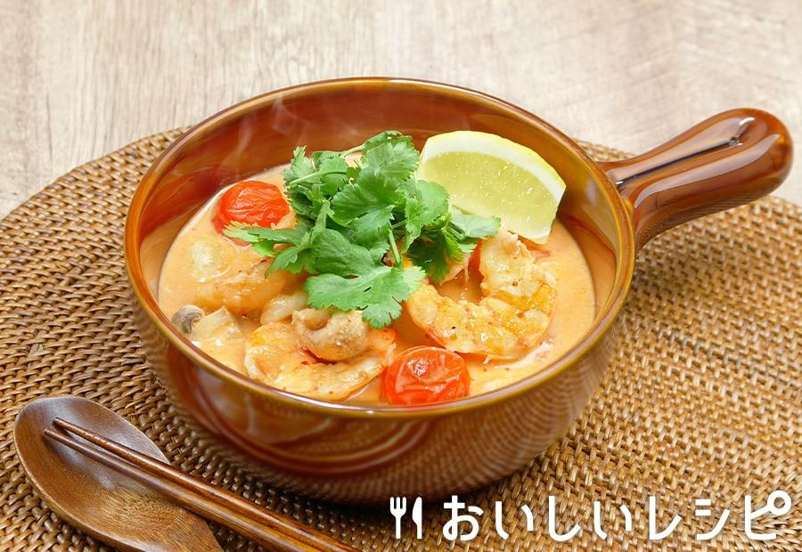 キムチ鍋の素でトムヤムクン風スープ