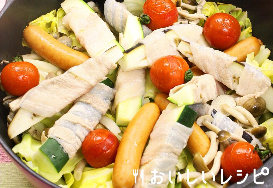 夏野菜の豚肉巻き蒸し鍋
