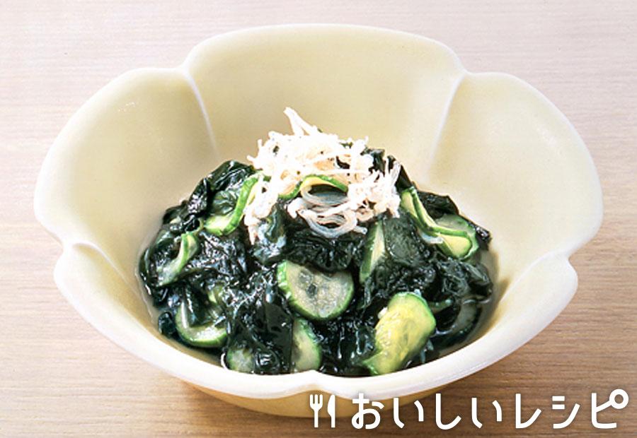 乾燥わかめの浅漬け風サラダ