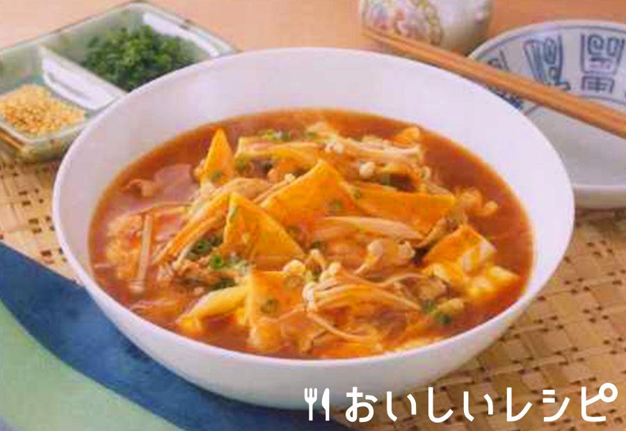 具だくさんの酸辣湯風スープ