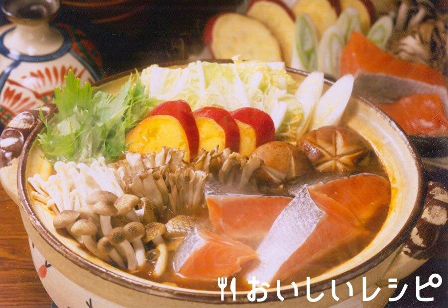 鮭とキノコのみそキムチ鍋
