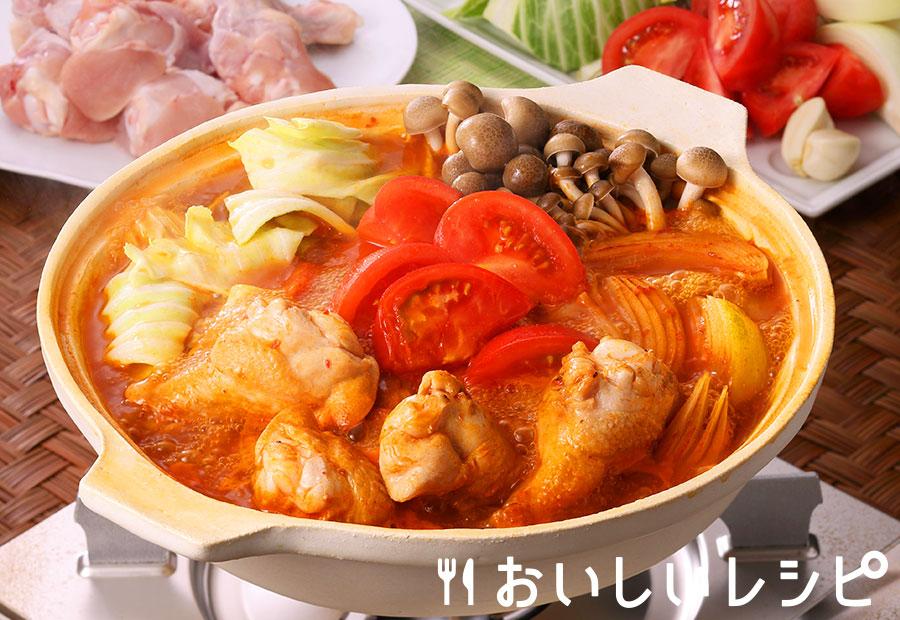 鶏手羽とトマトのキムチ鍋
