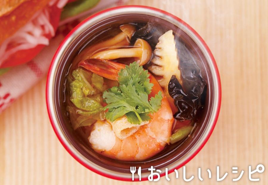 魚介の旨味トムヤムキムチ鍋