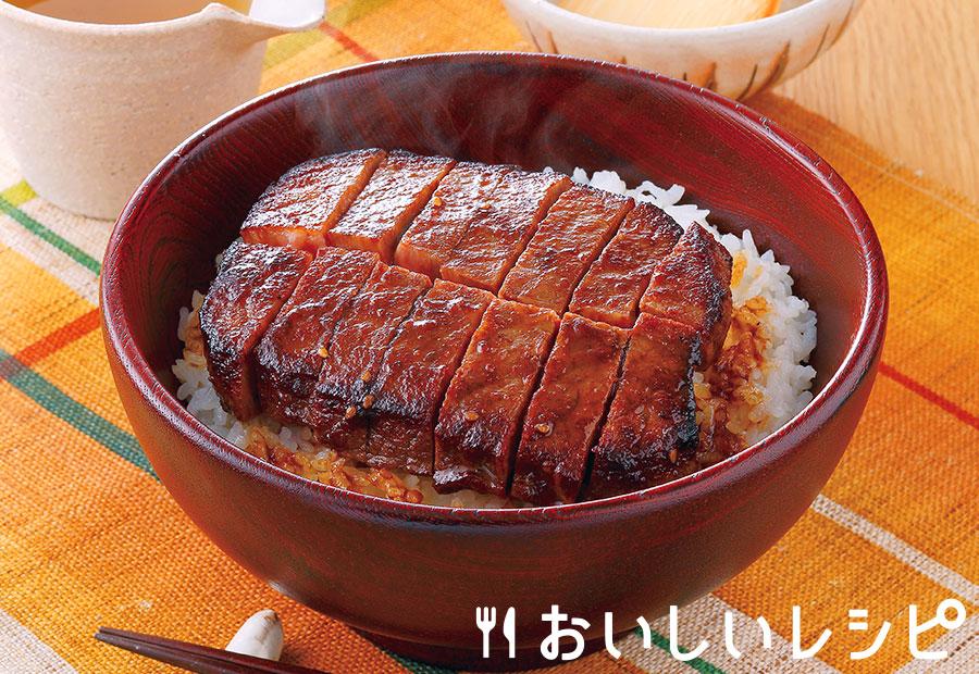 名古屋風牛ひつまぶし丼