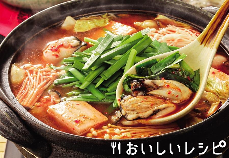 ニラどっさり!団らん牡蠣のキムチ鍋(プチッと鍋)