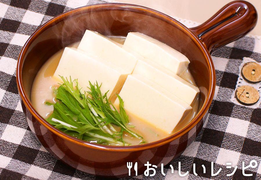 レンジで簡単湯豆腐(とんこつしょうゆ鍋)