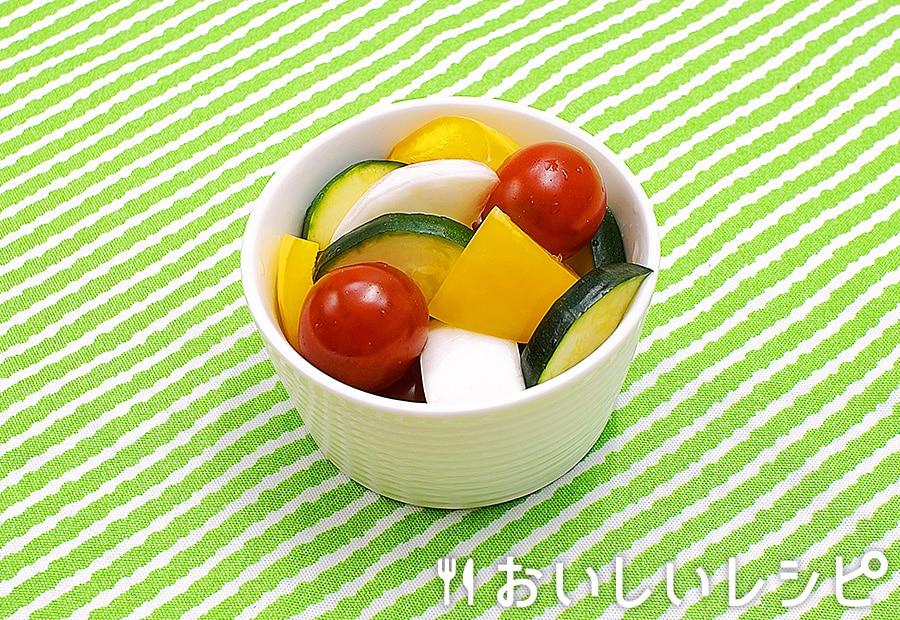 夏野菜でカラフル浅漬け