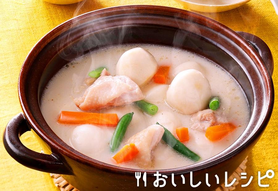 冷凍野菜を使って!豆乳ごまのさといも鍋