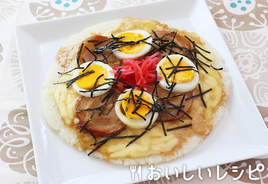 ごはんピザ(博多風とんこつ味)