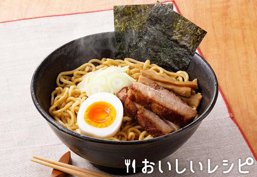 汁なしラーメン(魚介とんこつ醤油味)