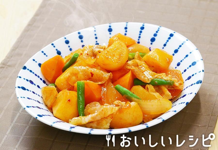キムチ鍋の素でピリ辛肉じゃが