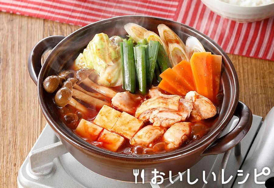 トマトジュースで作る!トマトキムチ鍋